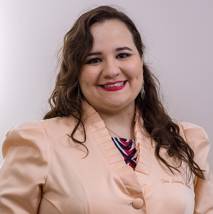Dra. Ludmila Chaves